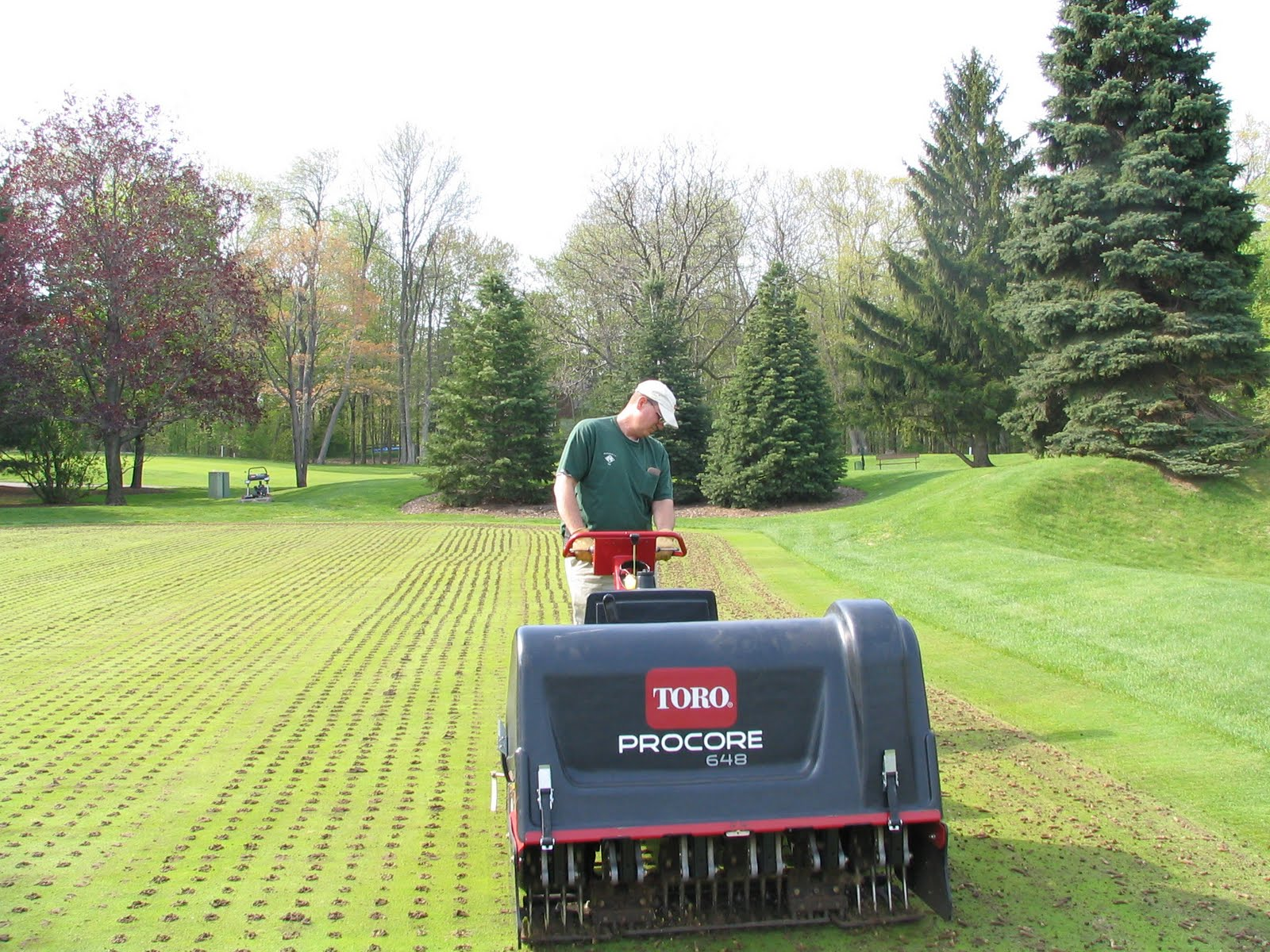 meadowbrook country club golf course maintenance putting green