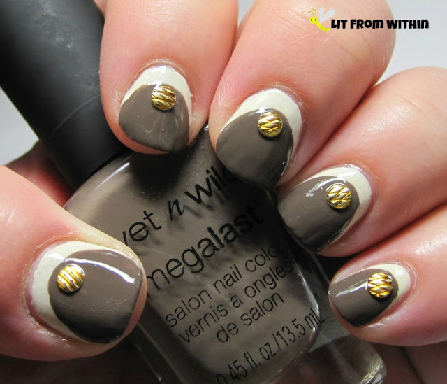 Ruffian nailart with Wet 'n Wild LAC - My mani? and Distressed To Impress.