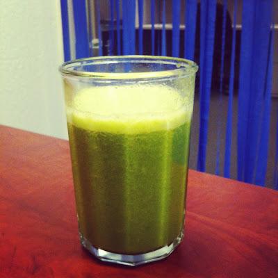 fresh apple orange kale juice