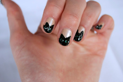 Stone cold comfort creepy kittens halloween nail art creepy kittens halloween nail art prinsesfo Choice Image