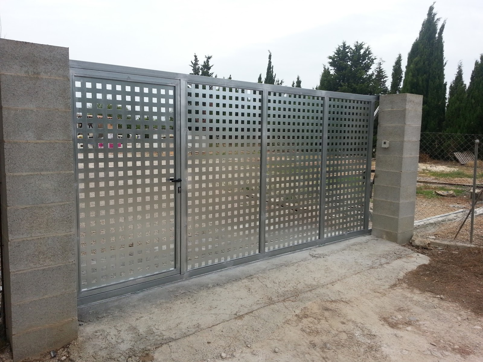 puertas de hierro para fincas rusticas materiales de