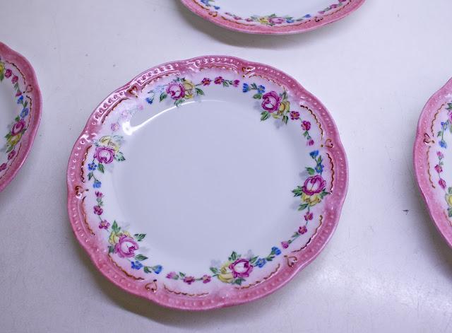 porcelain painting, hand painted porcelain, dessert plate,