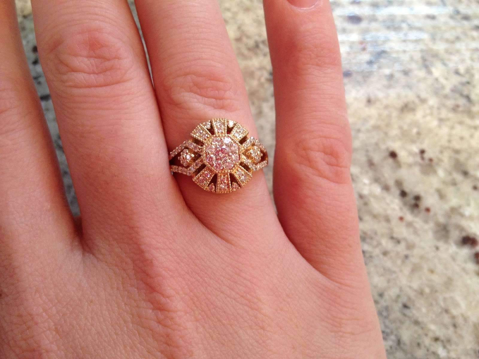 cashmere white, granite, diamonds, wedding ring, engagement ring, unique ring, diamonds, vintage ring, vintage wedding ring, gold, diamonds and gold, hand model,