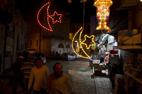 Dekorasi Ramadhan di Yerusalem