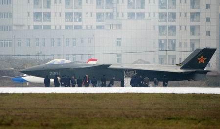 Pesawat Siluman J-20 China