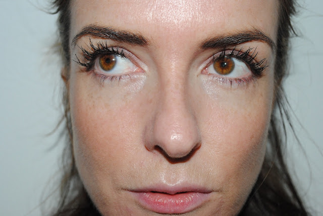 Model Co fibre Lash Brush On False Lashes