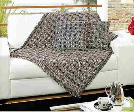 Dicasa9va 20 formas de usar mantas na decora o for Manta no sofa como usar