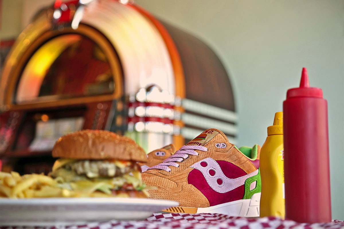 "Saucony x END. Shadow 5000 ""Burger"""