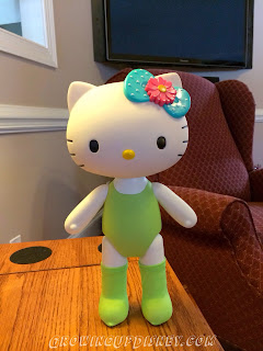 Hello Kitty doll, Hello Kitty dancer