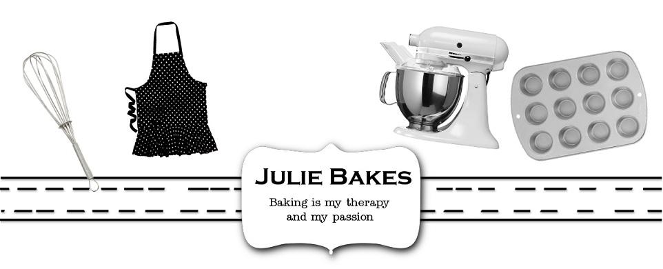 Julie Bakes