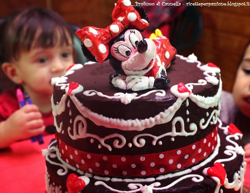 torta di compleanno minnie mouse - glassa a specchio e ghiaccia