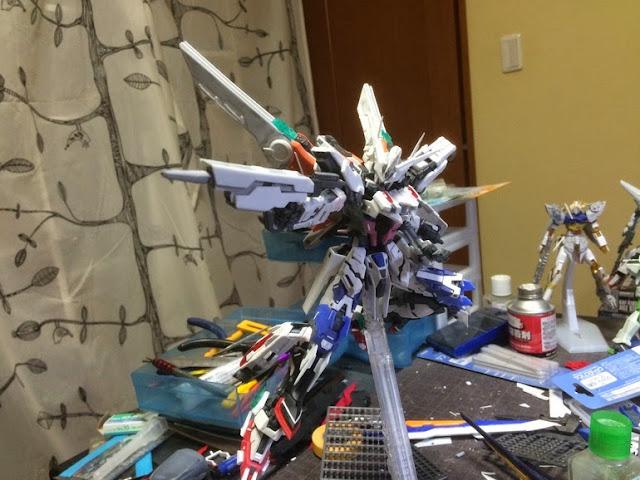 modified master grade strike gundam
