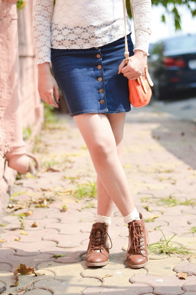 denim-buttondown-skirt