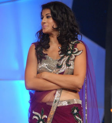 Taapsee Hot Navel Show at Big FM Awards