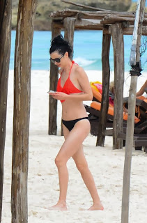 English: Krysten Ritter Red Bikini American Football Tulum Mexico