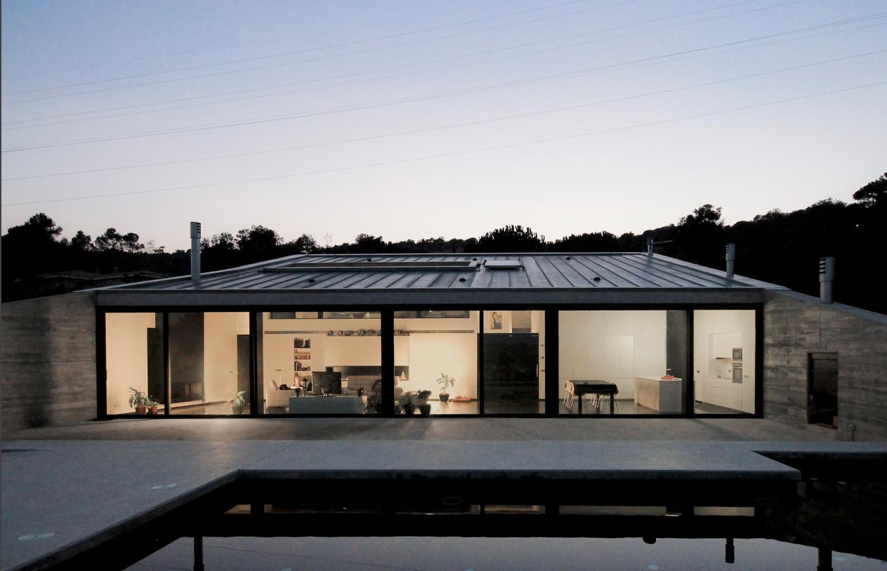 Hidalgo hartmann arquitectura montfull house una casa for Piani casa ranch in collina