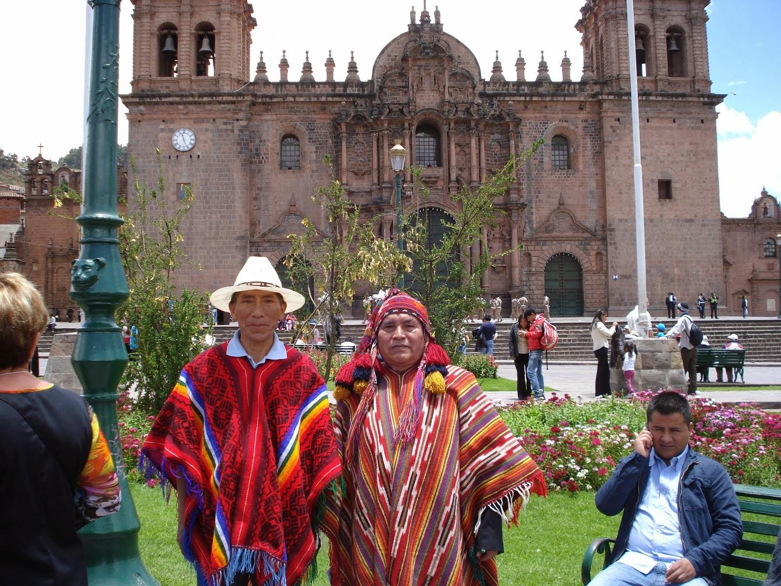 Amantes del quechua