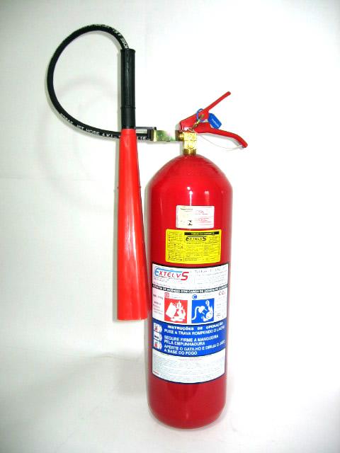 Uma unidade extintora dele, equivale a 6 quilos, seu casco tem uma ...: work-security.blogspot.com/2011/04/extintor-de-gas-carbonico.html