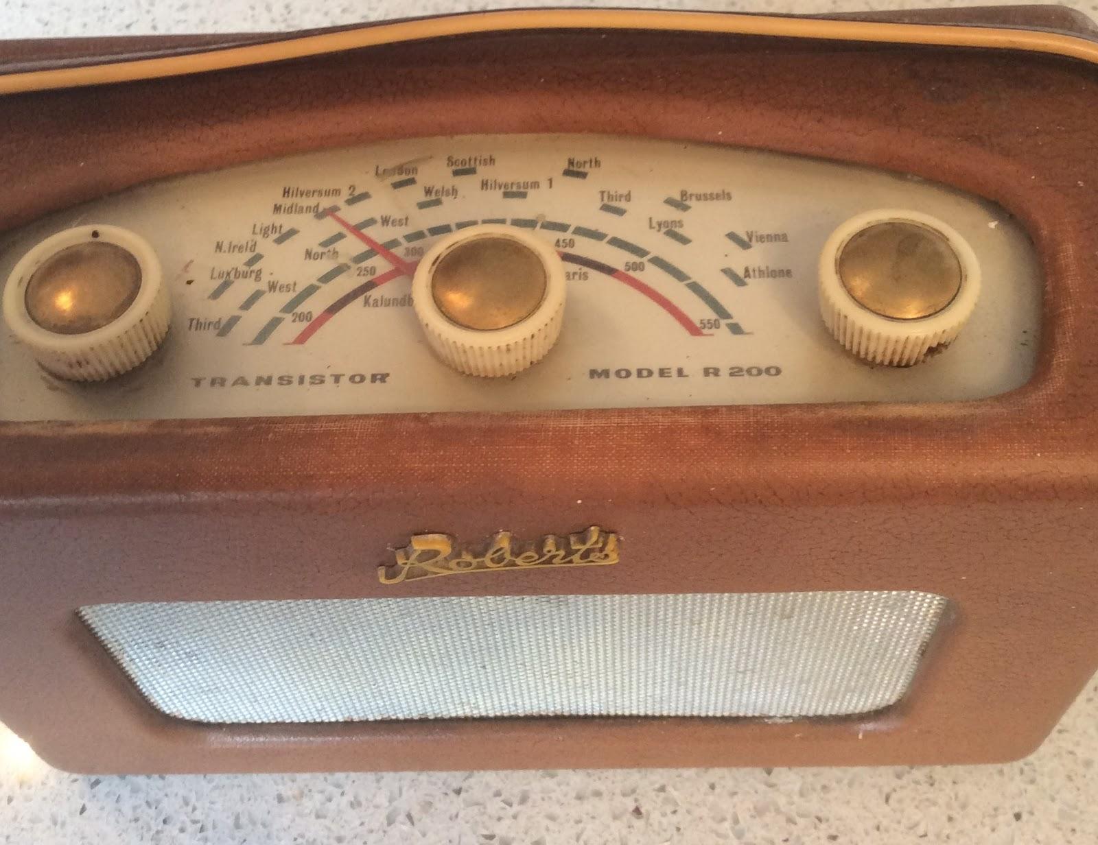 Radio Moments Farewell Medium Wave 25 Metres Range Short Am Transmitter