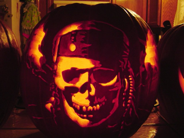 Mindless mirth cool pumpkin carvings for halloween 2012 for The coolest pumpkin carvings