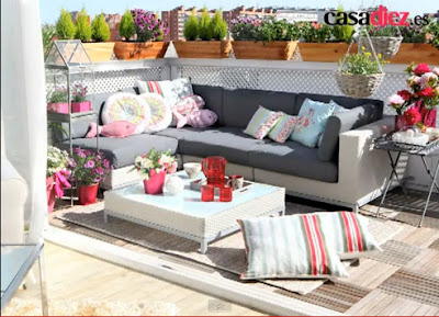 Decoracion de terrazas coloridas diseno de interiores - Terrazas interiores decoracion ...