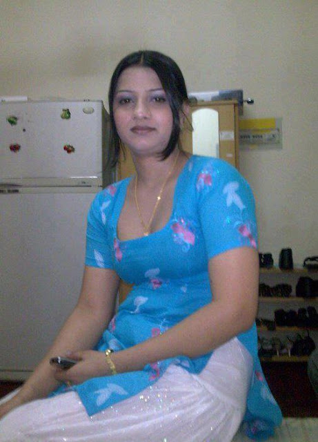 Hot Aunties Without Saree Photos Aunty Ki Photos