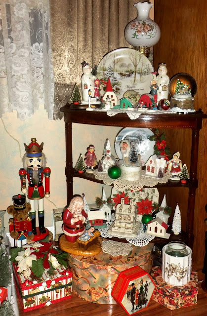 Christmas in the Living Room, Part 2, 2016