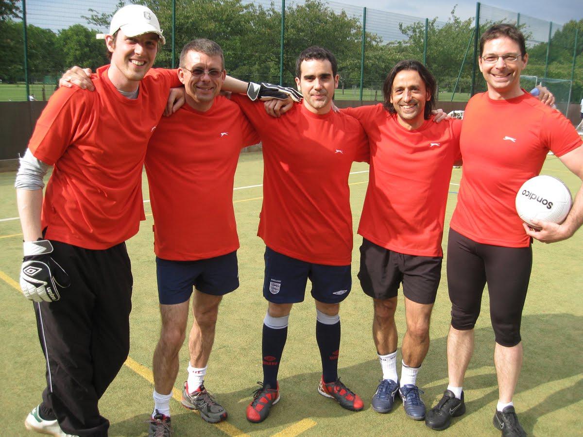 equipas de futebol de londres rimini - photo#12