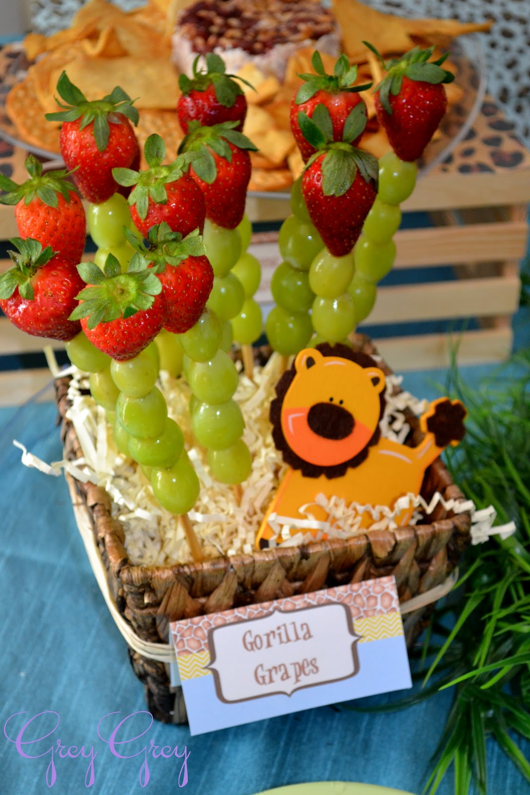 Greygrey designs my parties brett 39 s jungle safari 1st birthday party - Deco snack ...