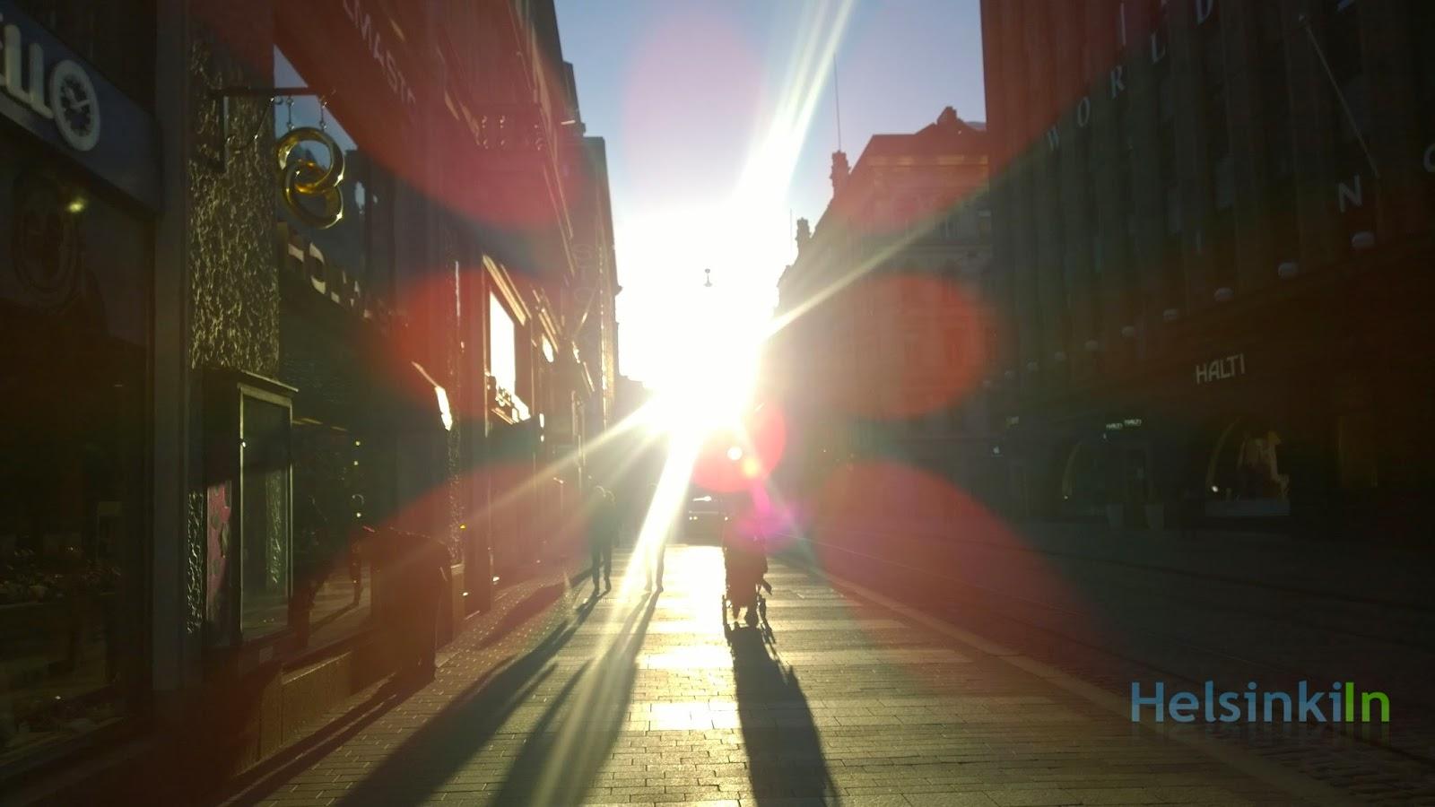 Sun in Aleksanterinkatu