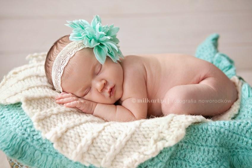 fotografia noworodków, sesja zdjęciowa niemowlęcia, sesje noworodkowe, profesjonalne zdjęcia dziecka w poznaniu
