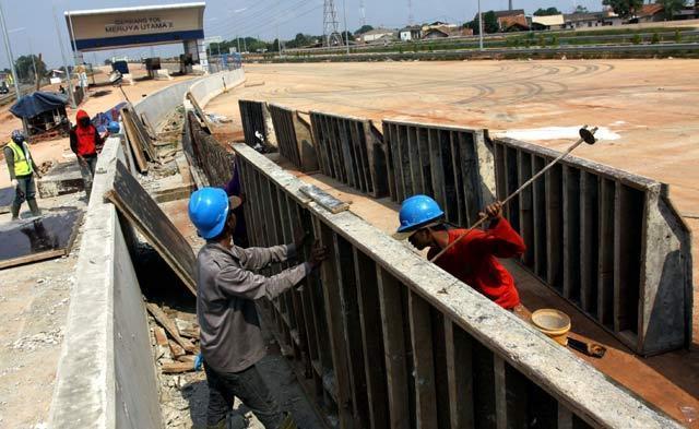Selain Kereta Api, Pabrik Pupuk dan Jalan Tol Akan Dibangun di Kaltim