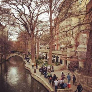 San Antonio River Walk (Best Honeymoon Destinations In USA) 8