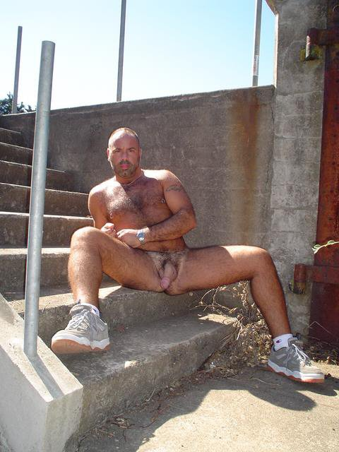 Via Gaymaduropelado Blogspot