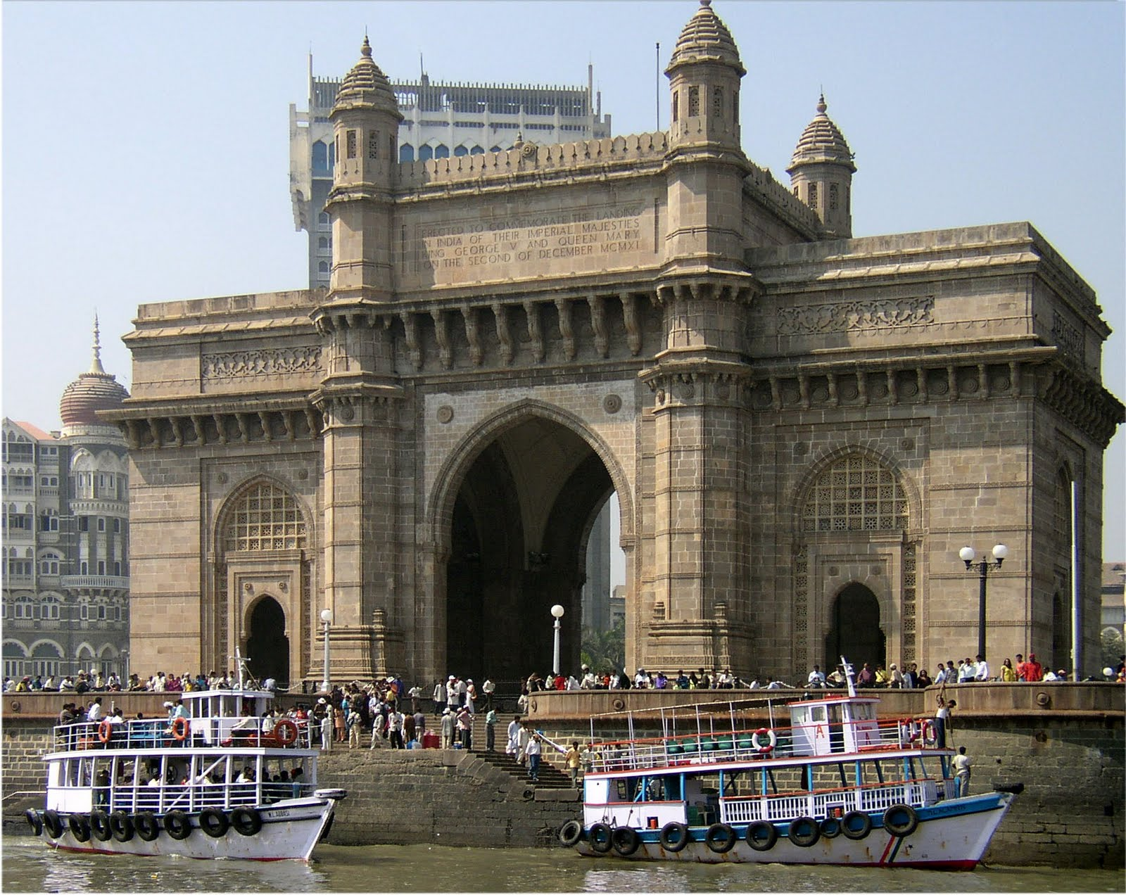 my world essay on mumbai thus we can conclude the mumbai is a place worth iong at least once as for me the very though of leaving this city send jitters down my spine