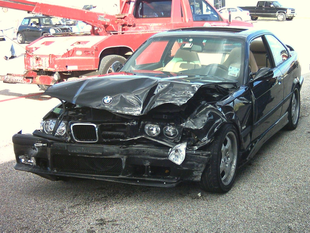 car crashes pics cars - photo #16