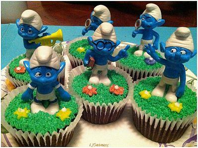 En este modelo se tienen cupcakes decorados con hongos y los que ...