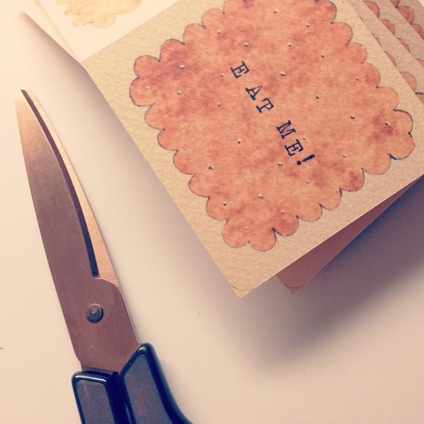 クリームサンドクッキーカードの作業風景