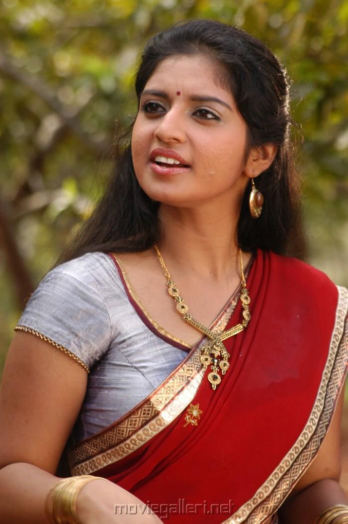 Hot indian bhabhi rashmi homemade sex part 1 - 5 4