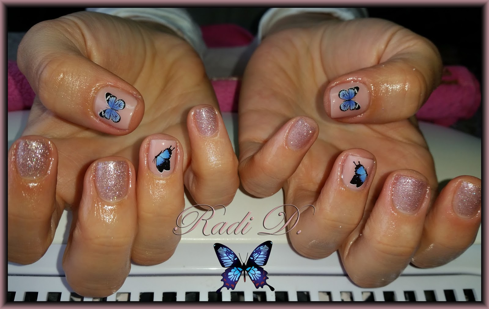 It`s all about nails: Cute small nails with butterflies