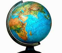Apa Keunggulan peta dibandingkan dengan globe ?