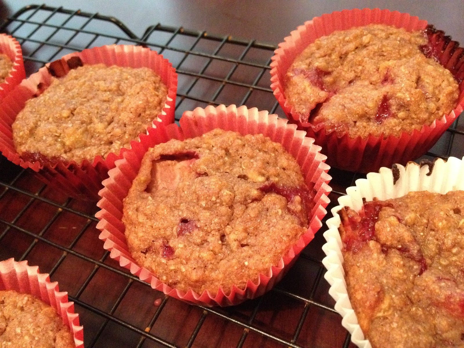 ... Mess Their Kitchen: Eggless Sunday: Strawberry Banana Quinoa Muffins