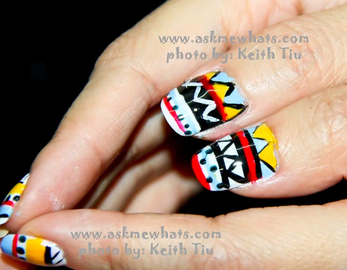 Simple Aztec Nail Design