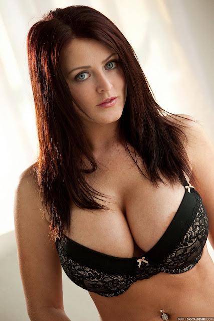 Sophie Dee big nude   tits   Biography, Latest Hot Nude and Bikini Gallery indianudesi.com