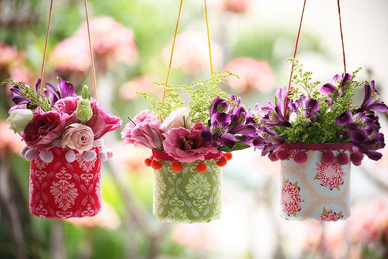 enfeites para jardim japones:Anote aí, você irá precisar de: garrafa pet, tecidos, fita pompom