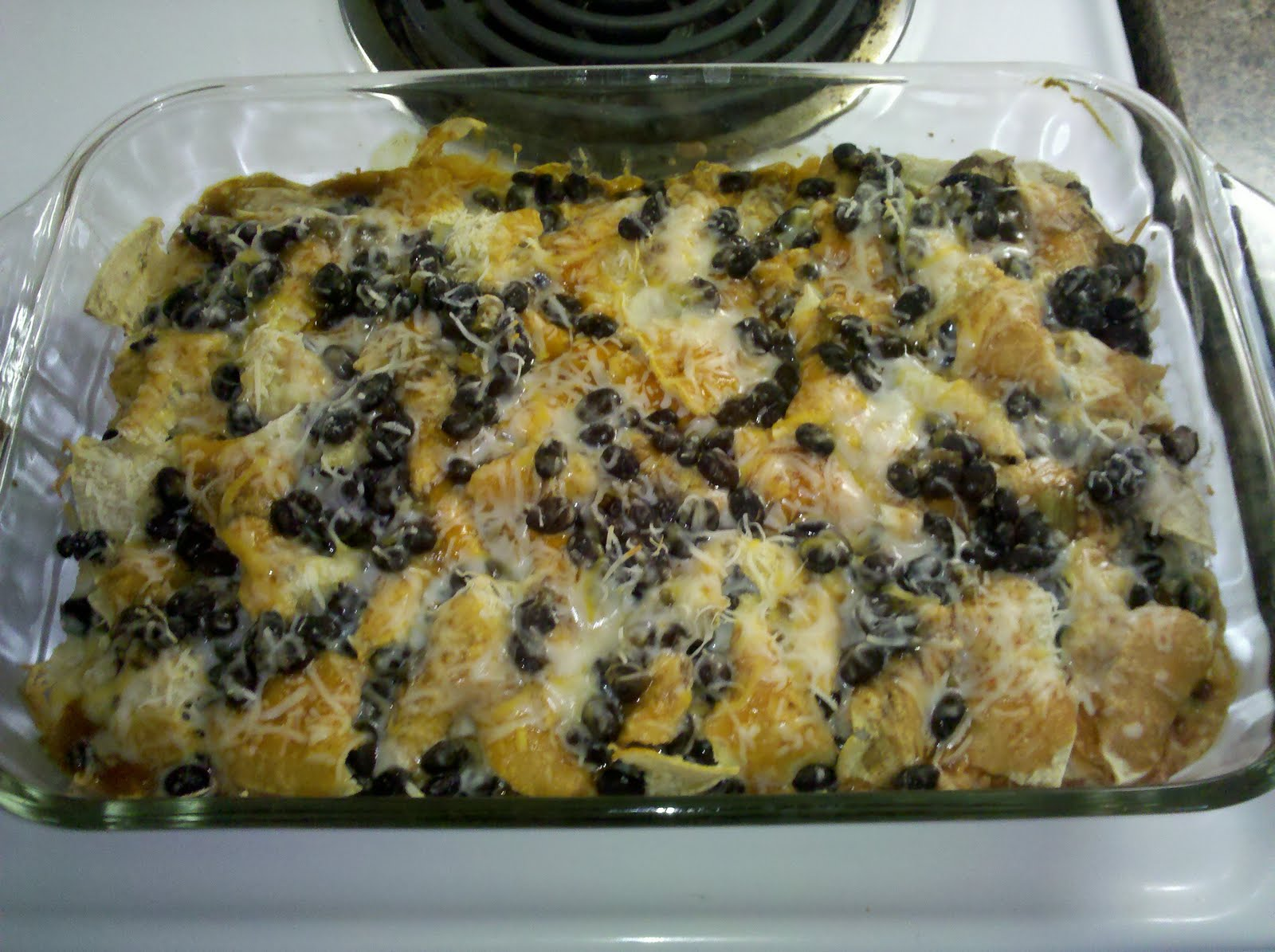 enchilada casserole layered chicken and black bean enchilada casserole ...