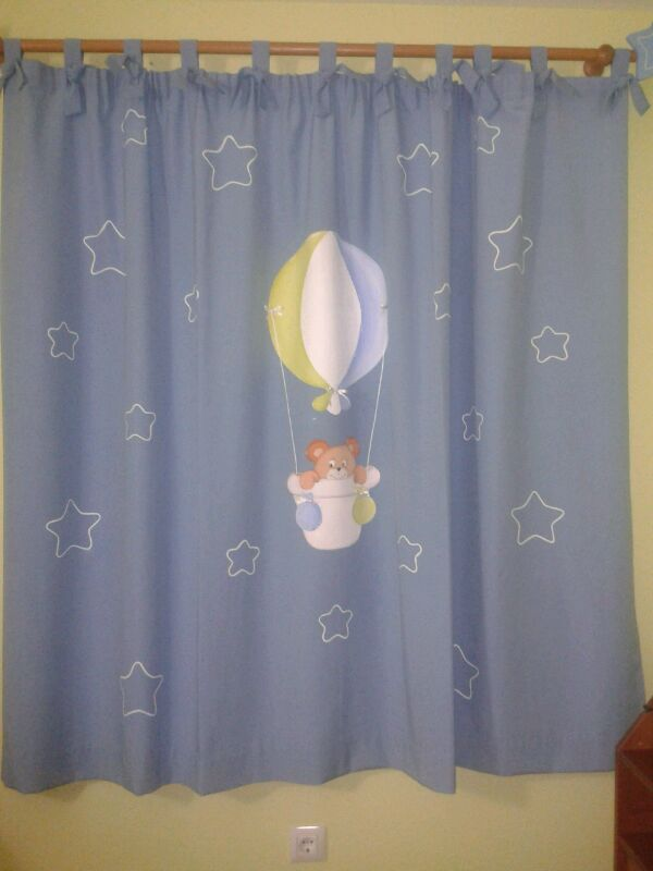 Decoraci n infantil pekerines cortina habitaci n beb for Cortinas habitacion infantil