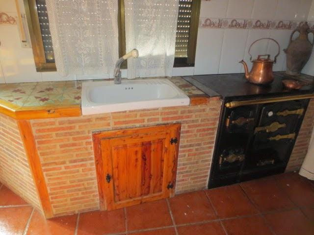 El talon sierte construcci n en cantalejo segovia for Muebles con ladrillos