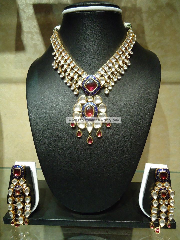 Latest Kundan Necklace Sets Gallery
