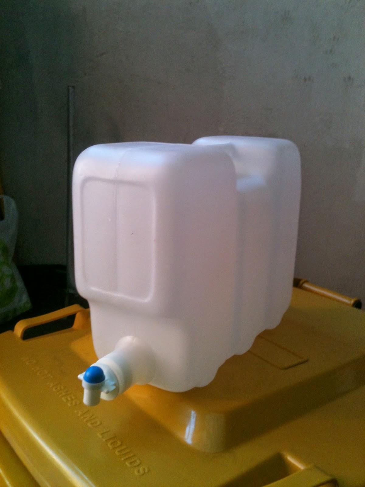 Ecosasmarket bidones y tambores de agua con llave para la for Tambores para agua